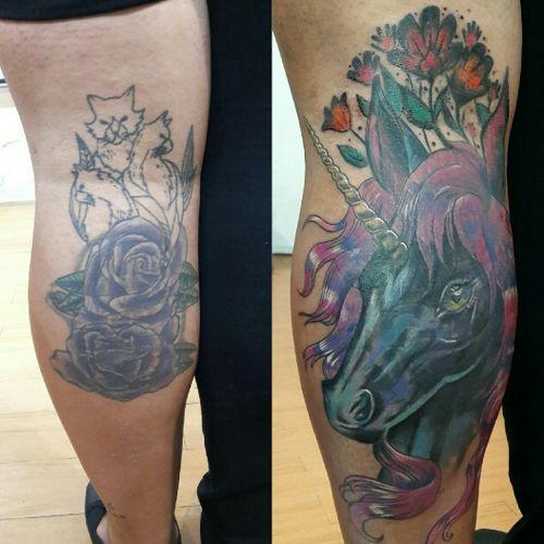 Huuuge super dark coverup on this lovelly lady fan of unicorns #draw #art #painting #tattoos #tattooexpo #illustration #equilattera #flashworkers #colortattoo #realismtattoo #tatuadorasmexicanas #tatuadoresmx #flashworkers #flashtilldeath #inkjunkeyz #tattoodo #stttab #stabmegod #blackworkers #pinkworkers #coverup #tattoofixing #tattoolife #dailyart #ladytattooers #design #freehand #edetsu #edetsuart