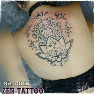 Em andamento! #floral #tatuagensfemininas #tattoo #tatuagem #tatuaje #tatouage #tatuaggio #taquaritinga #taqua #inklovers #inklife #tattoolife #tattoolovers #instattoo #zentattoo #oblogdozen #mrrock