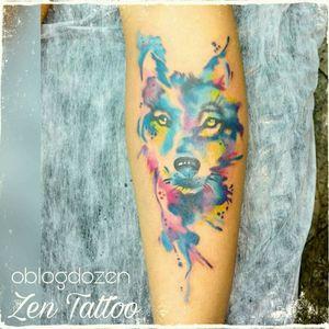 Zen Tattoo - Lobo em aquarela.  #lobo #wolf #watercolor #aquarela #watercolortattoo #tatuagemaquarela #tattoo #tatuaje #tatuagem #zentattoo #mrrock #oblogdozen #taquaritinga #taqua #inked #inklovers #tatuagemfeminina #instattoo #eletricink #everlastcolors