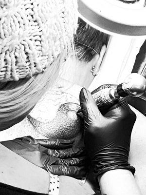 #atwork #intenzpride #intenzink #cheyeneEquipment #dotwork #artist #dreamtattoo #mindblowing #mone1971#tattoo #artist#dreamtattoo #follower #follow#followforfollow #tattoo#tattoos#cheyene #cheyene #black #blackgrey #frau#inkgirl #beautiful #beautifulink #intenzpride #intenzink #cheyeneEquipment #germantattooers