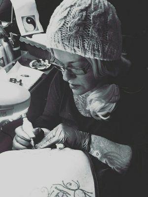 #atwork #blackgrey #artist #dreamtattoo #mindblowing #mone1971#tattoo #artist #dreamtattoo #solingen#blumen #frau #inkgirl#inked #follower #follow#followforfollow #dreamtattoo #mindblowing #beautiful #beautifulink #intenzpride#intenzink #germantattooers