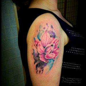 #lotustattoo #tattoodo #Aktattoo @alaskatattoos #inkbabesmag