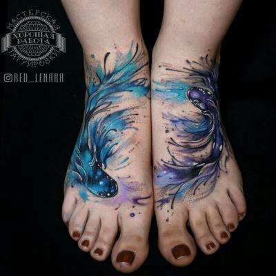 #watercolor #watercolortattoo #fish #fishtattoo #twins #foottattoo