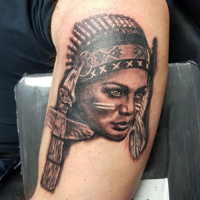 Start of a native american sleeve #phoenixblaze #nativeamerican #portrait #indian #Indianwomantattoo #tattoo #totempole #totem #realism #greywash #bng #blackandgreytattoo #blackwork