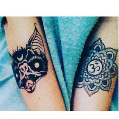My new tattoo \(*v *)/ Occult Bat.❤ #tete #tattoo #bat #occult #darktattoo #witchcrafttattoo #witchcraft #inkedbabe #inkedgirls #inkedgirl #alternativemodel #alternativegirls #oldschooltattoos #oldschool #oldschooltattoo #mandalatattoo #mandala #om