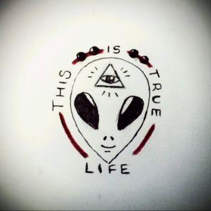 👽✌ #tete #sketch #design #tattoo #tattoos #tattooapprentice #apprentice #learning #alien #alientattoo
