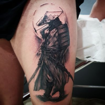 Espero que os mole! #tatuaje #t #tattoo #tattoomalaga #malagatattoo #spain #twins #twinstattoo #realismo #realistic #realistictattoo #tatuajerealista #samurai #japones #japan #japanese #love #work
