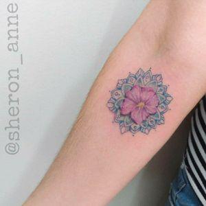 #mandala #mandalatattoo #floraltattoo #flowertattoo #sakuratattoo #fineline #finelinetattoo #braziliantattooartist #sheronanne #sheronannetattoo #Brasil