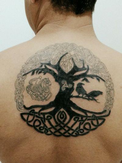 Segunda etapa da minha tattoo #yggdrasil #viking #Odin #OdinsRavens #hugginmunnin