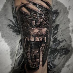 Monkey! #tattoo #tattoos #tat #ink #inked #realistictattoo #tattooed #tattoist #blackandgreytattoo #art #design #instaart #instagood #twinstattoo #portraiture #chesttattoo #family #tatted #instatattoo #bodyart #tatts #tats #amazingink #tattedup #inkedup #thebestspaintattooartist #mokey #tbsta #malagatattoo
