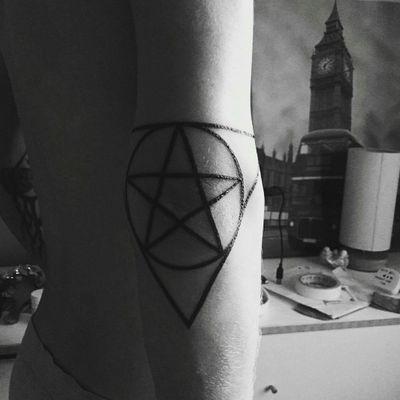 #ram#skullcarving#god #lucifer#satanic#satan#evil#darkness#darkart#tattooed#tattoo#black#blackink#inverted#esoteric#devil#hell#blackmetal#symbolism#mythology#lucifervi#occult