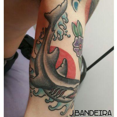 Tubarão old school #flashtattoo #tattoo #traditional #oldschool #shark #sharktattoo #sharktattoos #tubarão #tubarãotattoo #tatuadoresbrasil #tatuadoresbrasileiros #tattoocxs #jbandeiratattoo