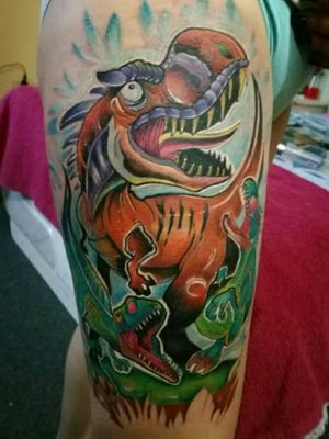 Hola vatos  Aqui les presento el tattoo hecho en la expo tattoo @tunjatattoofestival.oficial  Dinocrisis  Espero les guste  con puro corazón  #leosanmiguel #inked #lovetattoo #inkedmag #dinotattoo #dinosaurs #newschool #Tattoo #tattoos #colombiatattoo #colortattoo #rex #tiranosaurio #tunjatattoofestival