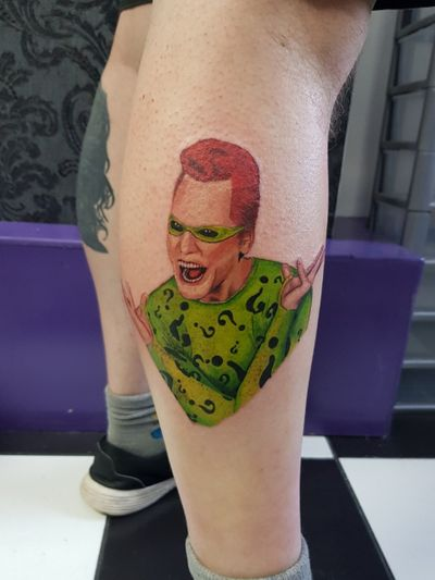 Jim Carrey Riddler I did today. 01244811905 for bookings #phoenixblazetattoos #tattoo #tattoos #realism #portrait #movietattoo #movie #batman #riddler #theriddler #jimcarrey #caffeinewillkillya #gotham #newschool #dc #dccomics #comics #batmanforever #valkilmer #twoface #harleyquinn #joker #love #photography #neonphoenixtattoostudio