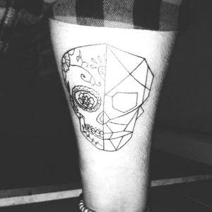 #mexicanskull #geometrictattoo