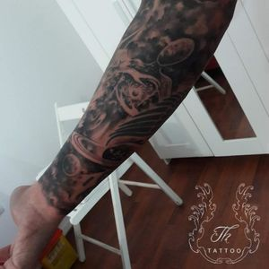 The Creator. #tatuajebucuresti #bucuresti #bucharest #romania #thtattoo #tattoo #blackandgreytattoo #tatuajebaieti #tatuaje #planets #univers #cosmos #galaxy #salontatuajebucuresti  #salontatuaje      www.tatuajbucuresti.ro