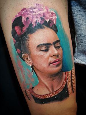 #fridakahlo #tattoo #tattooing #colortattoo #realistic #realismo #potraittattoo #art #tattoodo