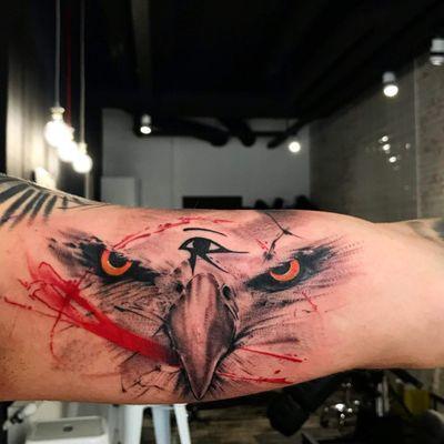 #eagle #eagletattoo #eye #eyes #eyetattoo #eyeofhorus #thirdeyeeagle #blackandgrey #blackandgreytattoo #polka #polkatrash #polkatattoo #red #inked #innerarmtattoo