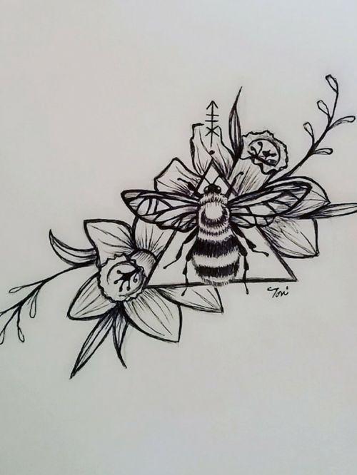 Daffodil bee design