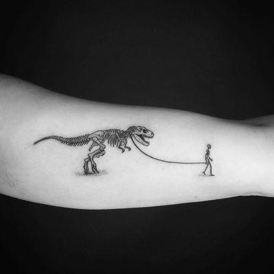 By #ikaatattoo #trex #dinosaurtattoo #tyrannosaurus #skeleton #onaleash