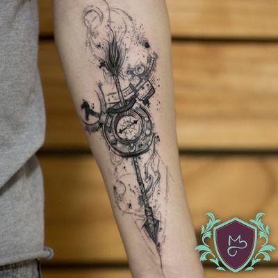Arrow and Compass - em Black Fμ©king Work. 😈😈😈 . . .. Quer uma arte pensada pra ti? Arte autoral JÁ RISCADA NA PELE do @guedes.bru, hehehe. . . . . . ***Todos por um mundo mais colorido com qualidade.*** .. .. ... #AndreMeloTattooArtist #MelosTattooInk #tatuagem #tattoo #tattoing #tattooart #tattooer #tattooist #tatuadoresbrasileiros #tatuagembrasil #art #drawing #tattoomachine #rotarymachinetattoo #vilaclementino #vilamariana #ibirapuera #black #blackworkers #blackwork #blackworktatoo #dotwork #sketch #sketchtattoo #sketchwork #arrow #compass #flechas #flecha