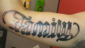 Family forever ambigram