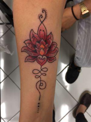 #milanotattooschool #milanotattoo #tattooart #unalometattoo #redtattoo #like4like