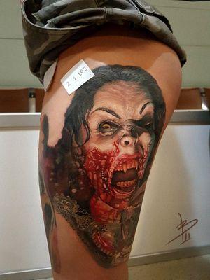 @tattoodo #vampire #vampiregirl #vampgirl #vampiretattoo #realismtattoo #realismotattoo #tattoosofinstagram #tattooofinstagram #tattoosoftheday