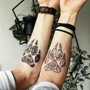 Credit to instagram : @inkgrams #wolf #wolftattoo #wolves #wolfpawtattoo #paw #geometric #geometrictattoo #blackandgrey #blackandgreytattoo