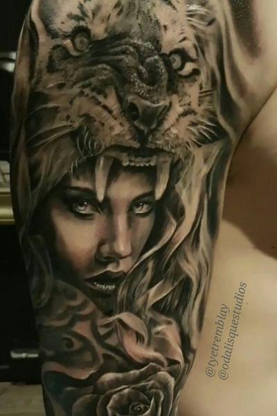 #ladyface #tiger #headdress #fullsleeve #inprogress #closeup #rose #blackandgrey #realism