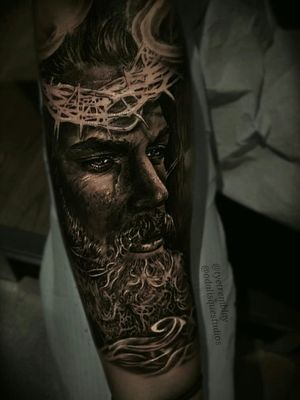 #Jesus #forearm #inprogress #religioustattoo #portraiture #blackandgrey #realism
