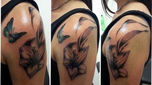 #lilien #tattooart #butterflytattoos #Schmetterling in progress
