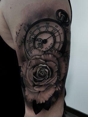 💥 Tattoo feita na minha temporada em Geneve