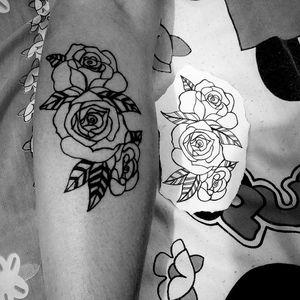 #flowers #roses #traditionaltattoo #tracosfinos #blackworktattoo #Black