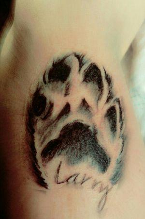 #pfote #realismus #blackandgrey #artist #DeepNeedleTattoo #mone1971 #follower #follow #followforfollow#artist #rose#schmerz #dreamtattoo #mindblowing #beautiful #beautifulink #intenz #ink #tattoo #tattoos #tatted#coverup #cheyene #black #blackgrey#frau #mystisch #hund #abdruxk #germantattooers #hellotattoomed #suprasorb #elitecartridge