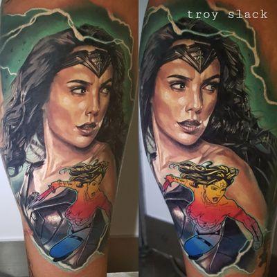 Wonder Woman -#tatuagem #tatuaje #tatouage #tetoviranje #tätowieren #Dövme #tatuering #tatoeëren #tatu #tattoo #tattoos #ink #inked #wonderwoman #comic #dccomic #comictattoo #dcuniverse