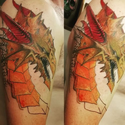 #dragon #dragontattoo #dragons #evil #colourfultattoo #staplehill #studio #bristol#bristolartist #carlanorley #smokinink