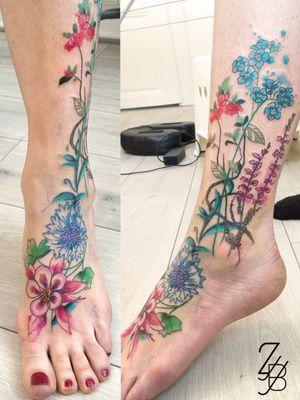 La photo du cover up forale ! 🌻 🌼 #floral #floraltattoo #flowers #flower #flowertattoo #fleur #fleurtattoo #zeldabjj #zeldablackjeanjacques #colmartattoo #colmar #alsacetattoo #frenchtattoo #tattooartist #tattooart #tattoolife #tatouage #ink #inked #inklife #bodyart #tattoolifemagazine #tattooartmagazine #coveruptattoo #coverup