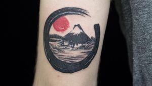 #MountFuji #fujimount #FujiTattoo #japan #redson #blackink #japanesetattoo #japanese #traditionaltattoo