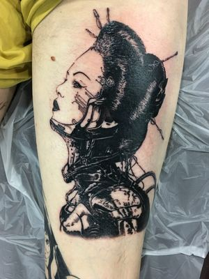 New back of the tight cyborg Japanese Geisha Follow me on Instagram 1tombrennan #blackwork #blackandgreytattoo #japanesetattoo #manga #leg #legtattoo #cyborg #japanese #robot #neotraditionaltattoos #neotraditionaltattoo #newschooltattoo