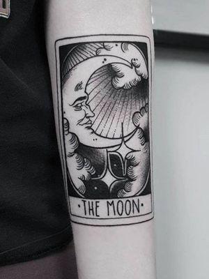 Moon tarot #tarotcard #moon #blackAndWhite