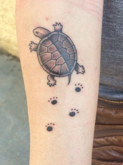 Turtle tattoo from Dolar Tattoo by Manu Santana #animals #barcelonatattoo #turtle
