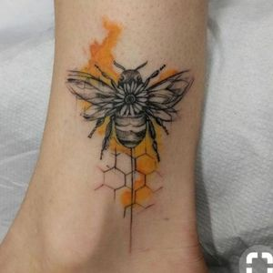 #honeybee #ankletattoo #cute #detailed
