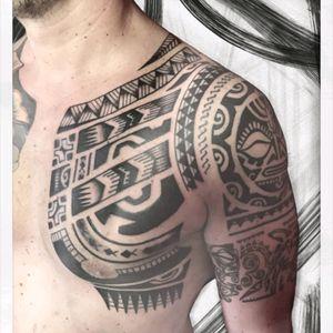 INSTAGRAM The_sym_tattoo #thesymtattoo #tribal #tribaltattoo #freehandtattoo #tattooitalia