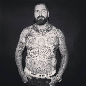 #lukewessman #tattooartist #tattoocollector