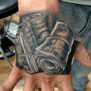#money #blackandgrey #handtatoo #realistic Another common Chicano design : dollars, here on a hand (Artist unknown, please let us know).
