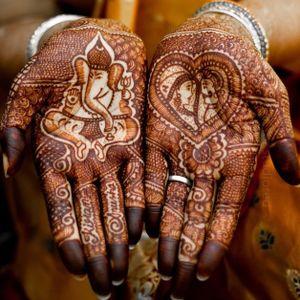 #henna #handtattoo #MadhaviKuram