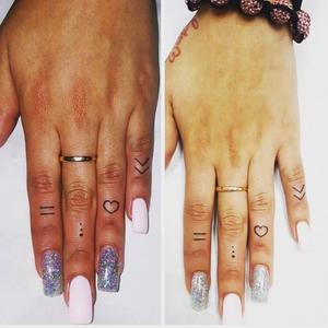 Stephanie's finger tattoos. #edxotic #fingertattoos