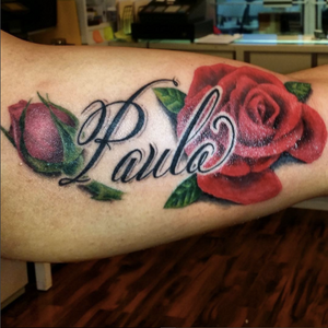 Roses! Done by INK FLOW Tattoos artist uptowntatking #roses #rose #redrose #flower #inkflowtattoos