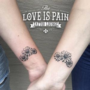 Matching friends tattoo #floral #flower #matching #friendstattoo